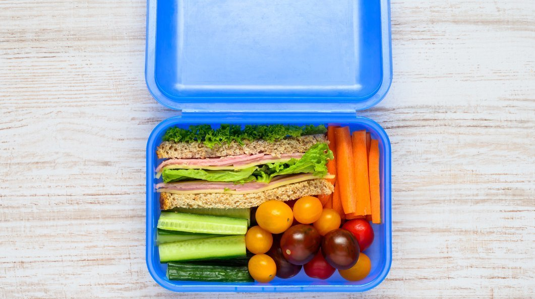 5 back-to-school lunch hacks approved by a dietitian